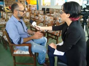 Claudia Cardoso atuando como repórter do Bahia Notícias.2