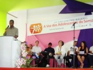 Coordenando a Conferência de Juventude em 2011 em Nova Fátima