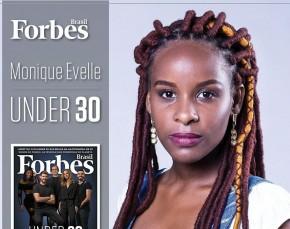 Monique Evelle na capa da Revista Forbes, reconhecida em 2017 como uma dos 30 jovens com menos 30 anos mais promissores do país